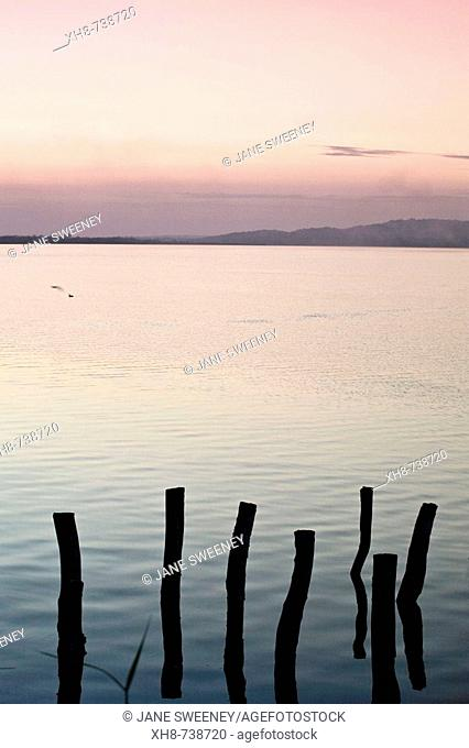 GUATEMALA, El Peten, Flores, Lago de Peten Itza