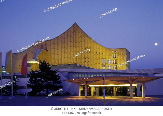 Philharmonie philharmonic hall, home of the Berliner Philharmoniker orchestra, architecture by Hans Scharoun, Tiergarten district, Berlin, Germany, Europe