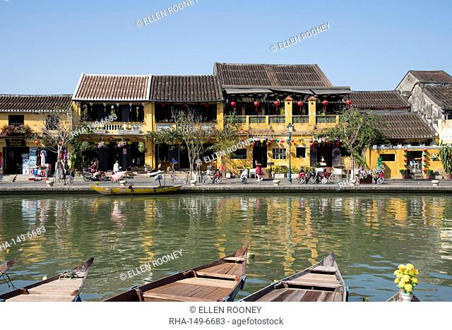 Rowboats along the Thu Bon River in the historic centre of Hoi An, UNESCO World Heritage Site, Quang Nam Province, Vietnam, Indochina, Southeast Asia, Asia