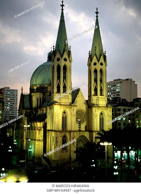 Night, Sé Cathedral, Sé Square, Downtown, Sao Paulo, Brazil