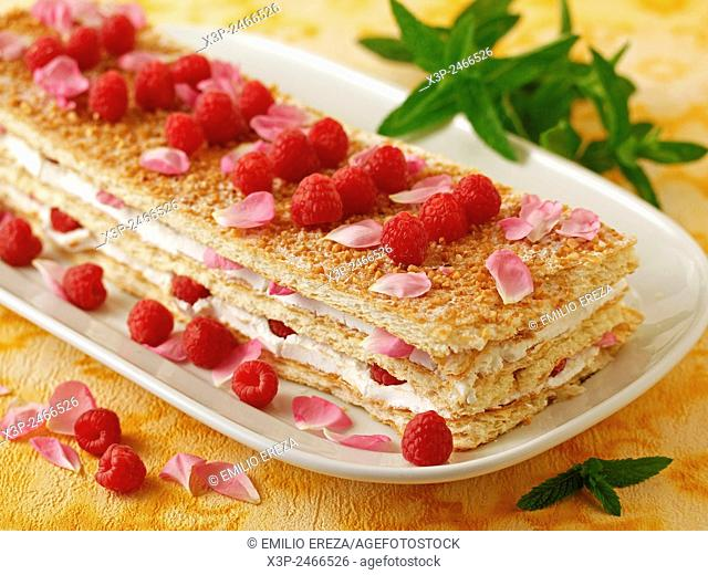 Millefeuille with raspberries and roses