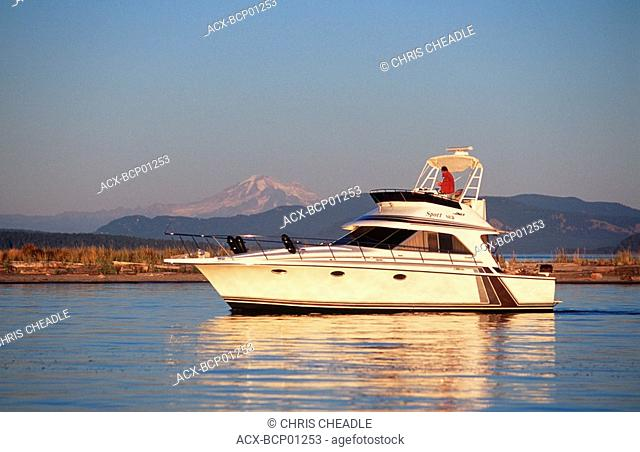 Sidney Spit , Gulf Islands National Park, boats in anchorage, British Columbia, Canada