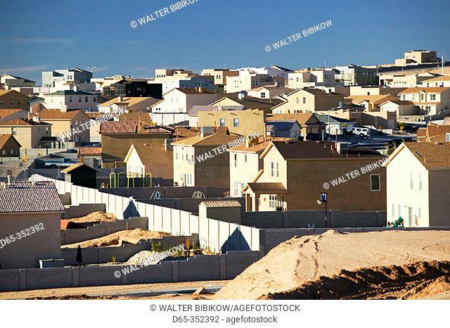 New tract houses, Albuquerque suburbs. Bernalillo. New Mexico, USA