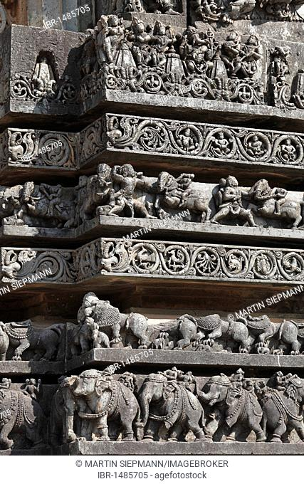 Reliefs on the outer wall of the Hoysaleswara Temple, Hoysala style, Halebidu, Karnataka, South India, India, South Asia, Asia