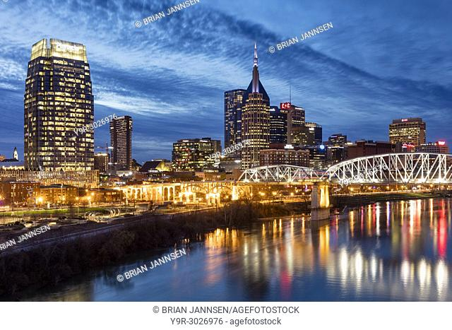 Twilight over the Cumberland River and downtown Nashville, Tennessee, USA