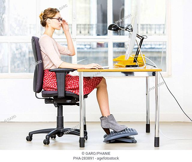 Right posture for working at a computer