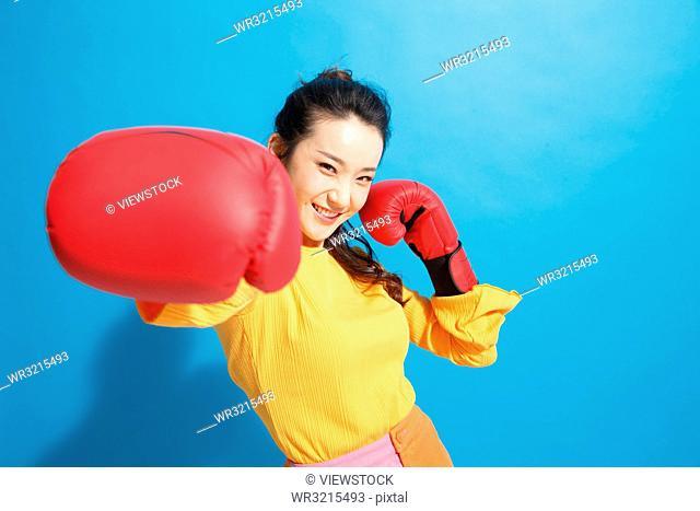 Young women boxer