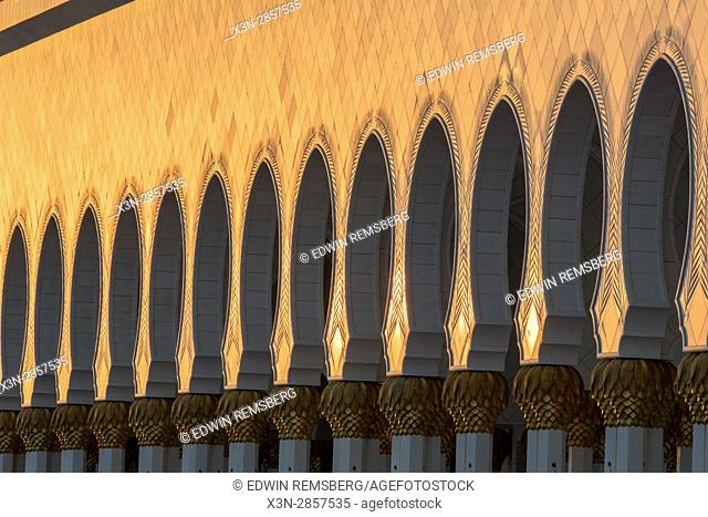 United Arab Emirates - Arches in the sunlight of Sheikh Zayed Mosque in Abu Dhabi