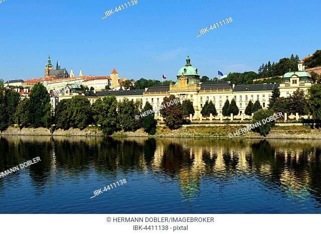 Prague Castle, St. Vitus Cathedral, Castle Hill Hradcny, Castle District, Czech Parliament, Vltava, Prague, Czech Republic