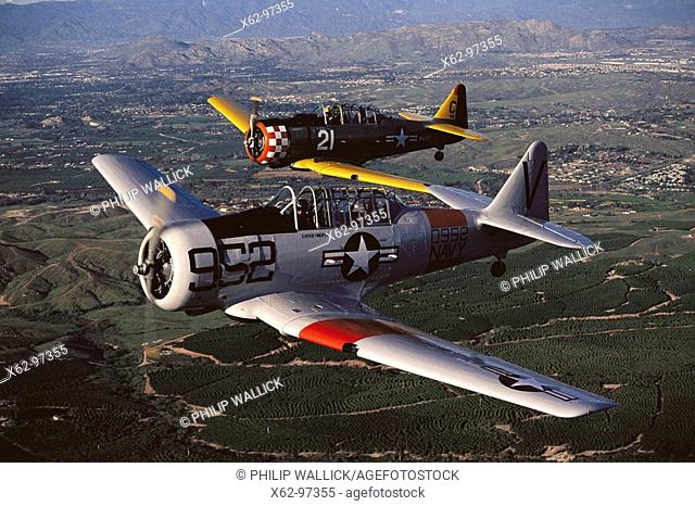 Texan SNJ-5 (T-6 Texan Navy variant), World War II navy trainers, restored