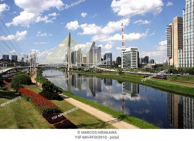 Estaiada Bridge, Octávio Frias de Oliveira, Pinheiros River, João Valente Filho, São Paulo, Brazil