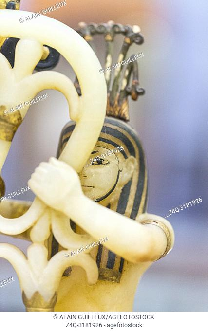 Egypt, Cairo, Egyptian Museum, Tutankhamon alabaster, from his tomb in Luxor : Composite perfume vase, upon openwork pedestal