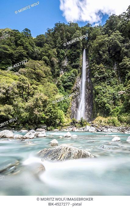 Thunder Creek Waterfall, Makarora River, Wanaka, Westcoast, South Island, New Zealand, Oceania