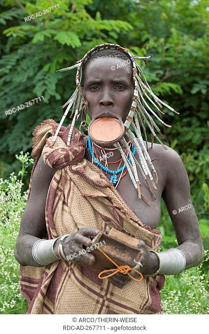 Surma woman with lip plate, Surma Tribe, Tulgit, Omo River Valley, Ethiopia