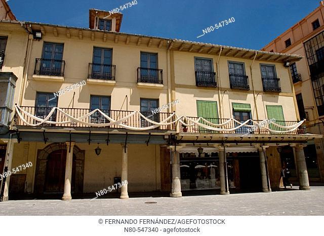 Plaza Mayor or Ayuntamiento, Astorga, León province. Castilla y León, Spain