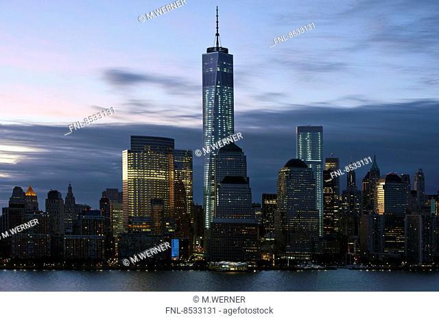 Skyline of Manhattan mit One World Trade Center, New York, USA