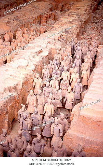 China: Warrior from the terracotta army guarding the tomb of Qin Shi Huang, first emperor of a unified China (r. 246-221 BCE), near Xi'an