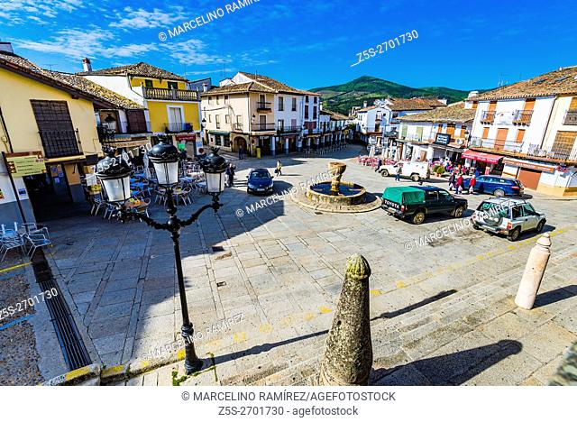 Sta. Maria de Guadalupe square. Guadalupe, Cáceres, Extremadura, Spain, Europe