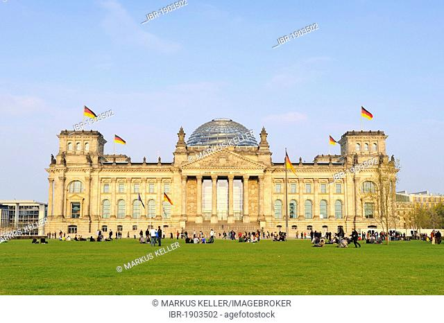 Reichstag building, seat of the German parliament, Bundestag, Regierungsviertel district, Berlin, Germany, Europe