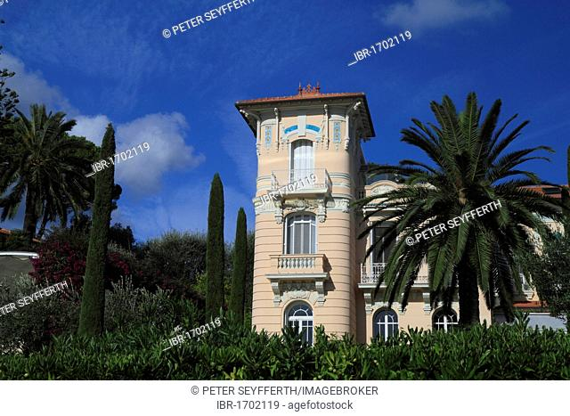 Belle Epoque-style mansion on the Cap Ferrat, St. Jean Cap Ferrat, Département Alpes Maritimes, Région Provence Alpes Côte d'Azur, France, Mediterranean, Europe