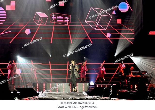 laura pausini in concerto al forum di assago, milano 08-09-2018