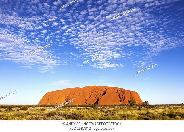 Ayers Rock or Uluru, Uluru-Kata Tjuta National Park, Northern Territory, Australia