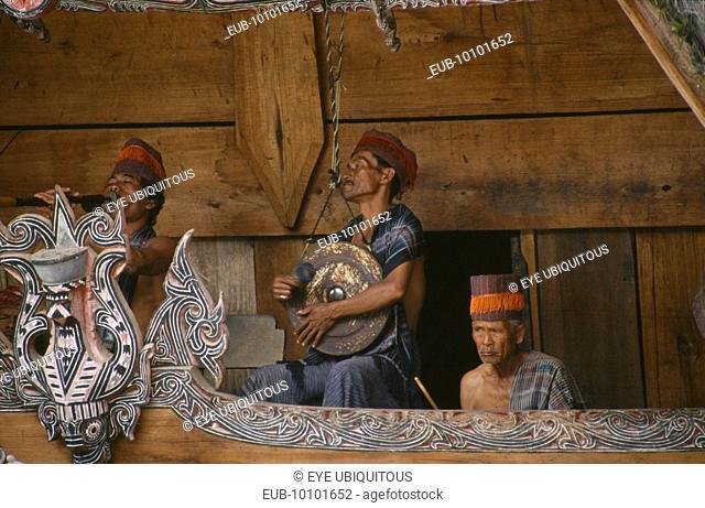 Lake Toba. Batak musicians of the Gamelan Simanindo Batak community on Samosir Island