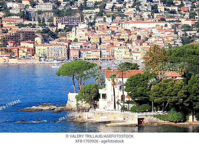 The Cap Ferrat and Villefranche-sur-Mer in the background, Alpes-Maritimes, French riviera, Provence-Alpes-Côte d'Azur, France