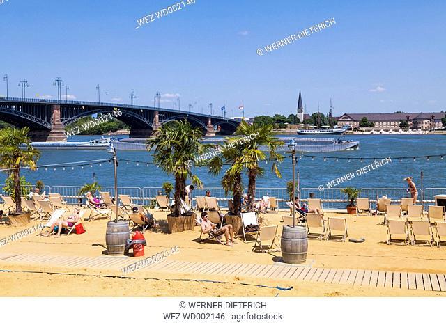 Germany, Mainz, Mainz beach at river Rhine