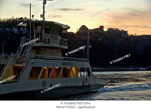 The Loreley VI Rhine river ferry rides between St. Goar and St. Goarshausen, Germany, 01 April 2016. After the completion of the test phase for longer hours of...