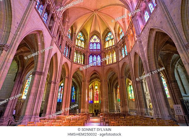France, Nievre, Nevers, Saint Cyr Sainte Julitte Cathedral