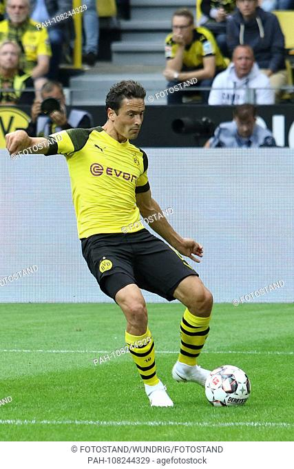 Dortmund, Germany 26. August 2018: 1. BL - 18/19 - Borussia Dortmund vs. RB Leipzig Thomas Delaney (Dortmund) action. Single picture. Cut out
