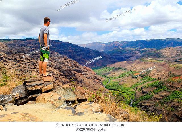 USA, Hawaii, Waimea, A canyon on Hawaii - on Kauai