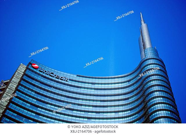 Italy, Milan, Gae Aulenti town square, Unicredit bank