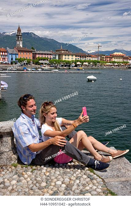 Switzerland, Europe, river, flow, brook, bodies of water, waters, lake, summer, canton, TI, Ticino, Southern Switzerland, Lago Maggiore, Ascona, village, couple