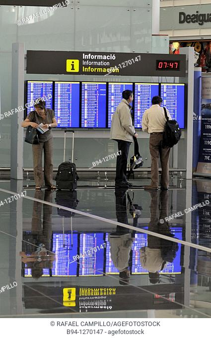 Information displays. Terminal T1 by Ricardo Bofill, 2009. El Prat Airport. Barcelona. Catalonia. Spain