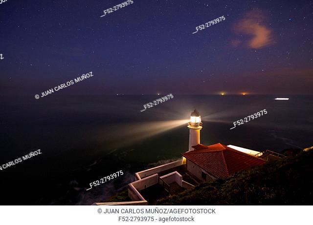 El Pescador Lighthouse, Santoña, Cantabrian Sea, Cantabria, Spain, Europe