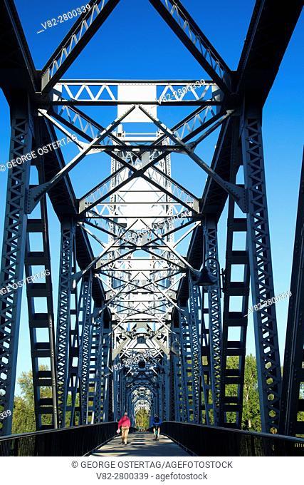 Union Street Railroad Pedestrian & Bicycle Bridge, Wallace Marine Park, Salem, Oregon