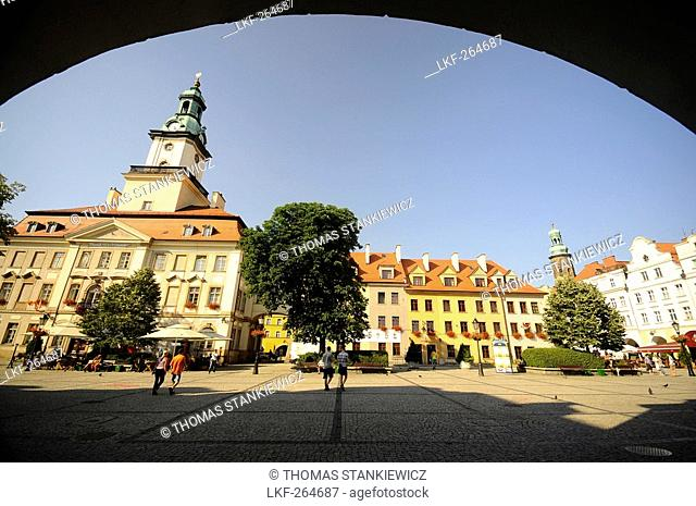 Market square with town hall in the sunlight, Jelenia Gora, Bohemian mountains, Lower Silesia, Poland, Europe