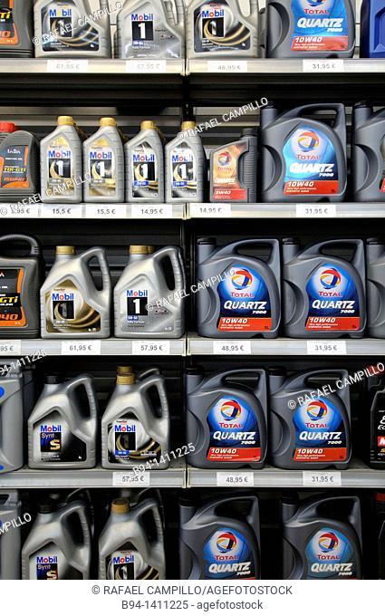 Car oil bottles for sale