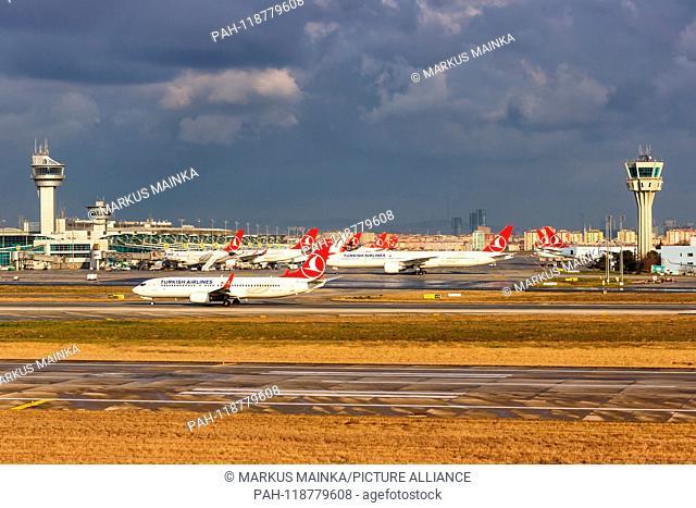 Istanbul, Turkey – February 15, 2019: Turkish Airlines aiplanes at Istanbul Ataturk Airport (IST) in Turkey. | usage worldwide. - Istanbul/Turkey