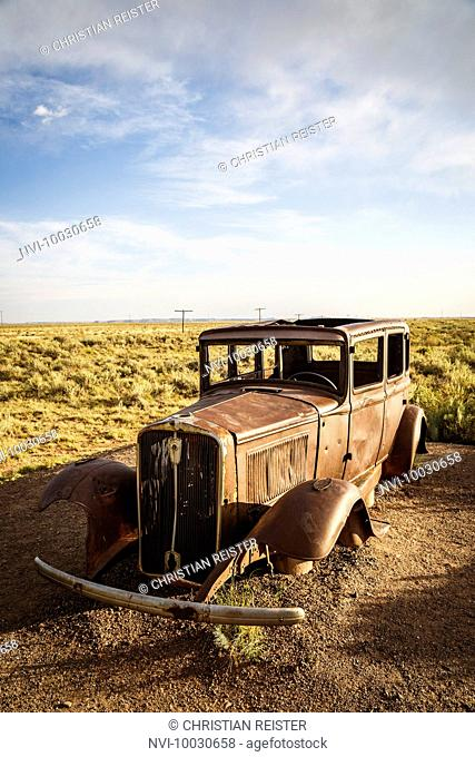Vintage car, Painted Desert, Historic Route 66, Arizona, USA