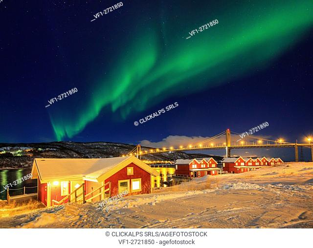 Norway, Lofoten island, tjeldsundbrua, Northern light