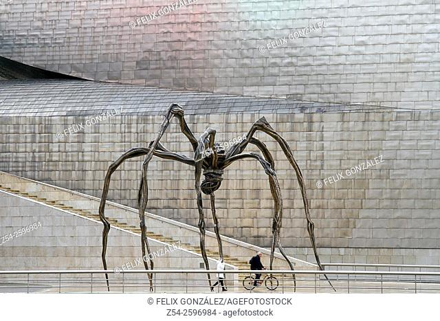 Maman'(1999) sculture by Louise Bourgeois, Guggenheim Museum, Bilbao, Biscay, Basque Country, Spain