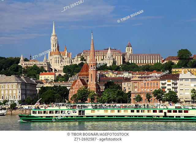 Hungary, Budapest, Castle District, skyline, Danube River, cruise ship,