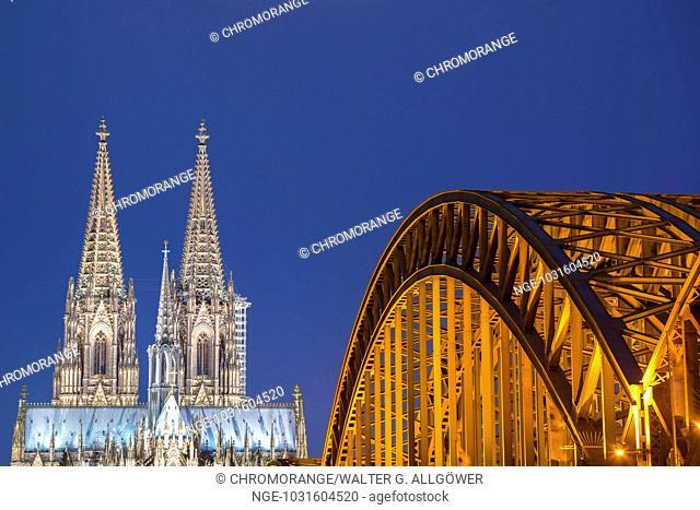 Kölner Dom, Hohenzollernbrücke, Köln, Rheinland, Nordrhein-Westfalen, Deutschland, Europa