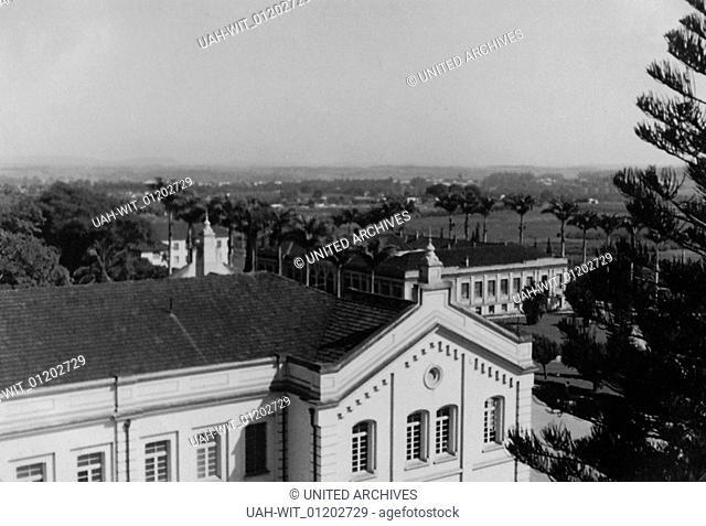 Gebäude der landwirtschaftlichen Hochschule in der Stadt Pircicaba in Brasilien in den 1950er Jahren