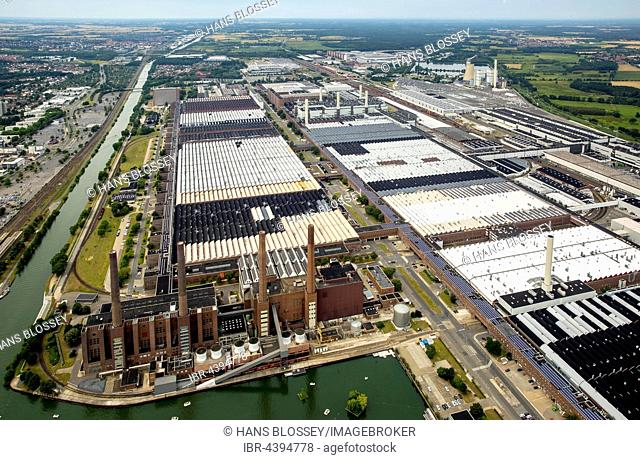 Aerial view, Volkswagen factory with heating plant VW Südstraße, Lower Saxony, Germany