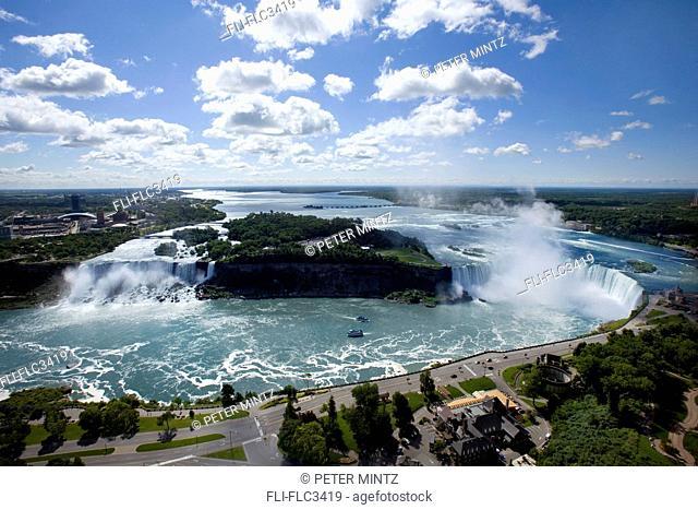 Panoramic view of the Niagara River and Niagara Falls, US and Canadian sides
