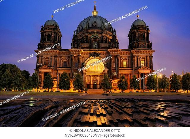 Berlin Cathedral at night, Berlin, Germany